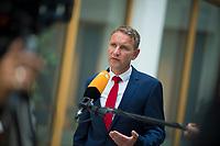 DEU, Deutschland, Germany, Berlin, 04.06.2018: Thüringens AfD-Chef Björn Höcke, bei einem Interview für das ZDF nach einer Pressekonferenz der Partei Alternative für Deutschland (AfD) zur Vorstellung des Rentenkonzepts der AfD-Fraktion im Thüringer Landtag.