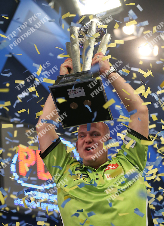 PDC WORLD CHAMPIONSHIP 2017 FINAL, MICHAEL VAN GERWEN, GARY ANDERSON, PDC DARTS, TIP TOP PICS LTD, SPORT,02/01/2017, PIC:CHRIS SARGEANT