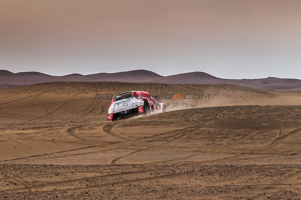 Acciona 100x100 ecopowered,electric car, Dakar 2015, Iquique,Chile