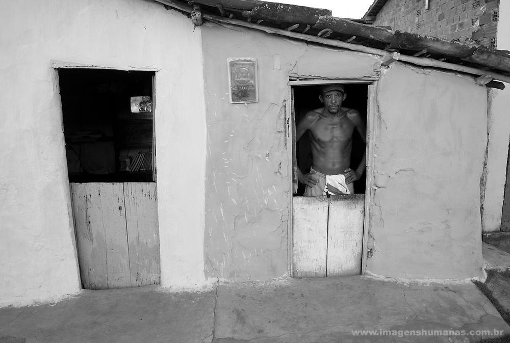 casas de taipa na rua da Esperança em Itaquitinga , município de Pernambuco