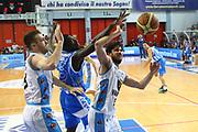 DESCRIZIONE : Cremona Lega A 2014-2015 Vanoli Cremona Banco di Sardegna Dinamo Sassari<br /> GIOCATORE : Luca Vitali<br /> SQUADRA : Vanoli Cremona<br /> EVENTO : Campionato Lega A 2014-2015<br /> GARA : Vanoli Cremona Banco di Sardegna Dinamo Sassari<br /> DATA : 10/05/2015<br /> CATEGORIA : Equilibrio Composizione<br /> SPORT : Pallacanestro<br /> AUTORE : Agenzia Ciamillo-Castoria/F.Zovadelli<br /> GALLERIA : Lega Basket A 2014-2015<br /> FOTONOTIZIA : Cremona Campionato Italiano Lega A 2014-15 Vanoli Cremona Banco di Sardegna Dinamo Sassari<br /> PREDEFINITA : <br /> F Zovadelli/Ciamillo