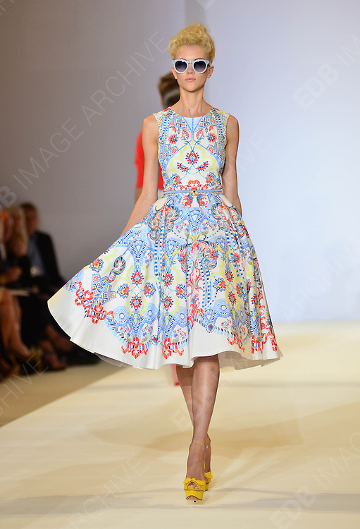 16.SEPTEMBER.2012. LONDON<br /> <br /> MODELS ON THE RUNWAY FOR THE TEMPERLEY LFW CATWALK SHOW.<br /> <br /> BYLINE: EDBIMAGEARCHIVE.CO.UK/JOE ALVAREZ<br /> <br /> *THIS IMAGE IS STRICTLY FOR UK NEWSPAPERS AND MAGAZINES ONLY*<br /> *FOR WORLD WIDE SALES AND WEB USE PLEASE CONTACT EDBIMAGEARCHIVE - 0208 954 5968*