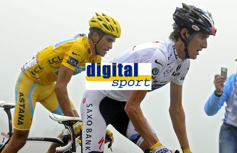Sykkel<br /> Tour de France 2010<br /> 22.07.2010<br /> Foto: PhotoNews/Digitalsport<br /> NORWAY ONLY<br /> <br /> ALBERTO CONTADOR - ANDY SCHLECK<br /> <br /> ETAPE 17 : PAU - COL DU TOURMALET