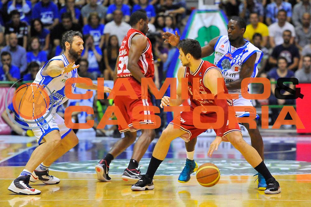 DESCRIZIONE : Campionato 2013/14 Semifinale GARA6 Dinamo Banco di Sardegna Sassari - Olimpia EA7 Emporio Armani Milano<br /> GIOCATORE : Alessandro Gentile<br /> CATEGORIA : Palleggio Difesa Controcampo<br /> SQUADRA : Olimpia EA7 Emporio Armani Milano<br /> EVENTO : LegaBasket Serie A Beko Playoff 2013/2014<br /> GARA : Dinamo Banco di Sardegna Sassari - Olimpia EA7 Emporio Armani Milano<br /> DATA : 09/06/2014<br /> SPORT : Pallacanestro <br /> AUTORE : Agenzia Ciamillo-Castoria / Luigi Canu<br /> Galleria : LegaBasket Serie A Beko Playoff 2013/2014<br /> Fotonotizia : DESCRIZIONE : Campionato 2013/14 Semifinale GARA6 Dinamo Banco di Sardegna Sassari - Olimpia EA7 Emporio Armani MilanoSassari<br /> Predefinita :