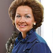"""NLD/Driebergen/20100608 - Opname Vara dramserie """"De 7 Dagen van den Uyl"""", Roos Ouwehand als Beatrix"""