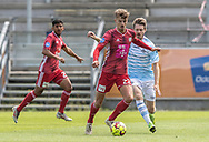 Magnus Westergaard (Lyngby Boldklub) og Nikolaj Hansen (FC Helsingør) under træningskampen mellem Lyngby Boldklub og FC Helsingør den 3. juli 2019 på Lyngby Stadion (Foto: Claus Birch)