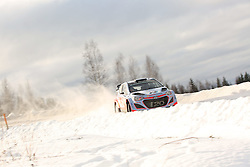 15.02.2015,  Karlstad, SWE, FIA, WRC, Schweden Rallye, im Bild Thierry Neuville/Nicolas Gilsoul (Hyundai Motorsport/i20 WRC) // during the WRC Sweden Rallye at the Karlstad in Karlstad, Sweden on 2015/02/15. EXPA Pictures © 2015, PhotoCredit: EXPA/ Eibner-Pressefoto/ Bermel<br /> <br /> *****ATTENTION - OUT of GER*****