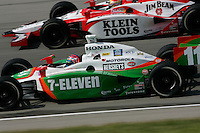 Tony Kanaan and Dan Wheldon at the Kentucky Speedway, Kentucky Indy 300, August 14, 2005