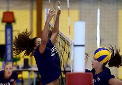 30-09-2014 ITA: World Championship Volleyball Training Nederland, Verona<br /> Celeste Plak, Robin de Kruijf