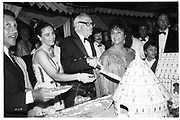 Malcolm Forbes and Liz Taylor. Malcolm Forbes birthday party. Tangier. 1989.© Copyright Photograph by Dafydd Jones 66 Stockwell Park Rd. London SW9 0DA Tel 020 7733 0108 www.dafjones.com