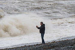 © Licensed to London News Pictures. 21/09/2018. Aberystwyth, UK.The gale force winds of Storm Bronagh, the second named storm of the UK winter, brings high waves in Aberystwyth .Photo credit: Keith Morris/LNP