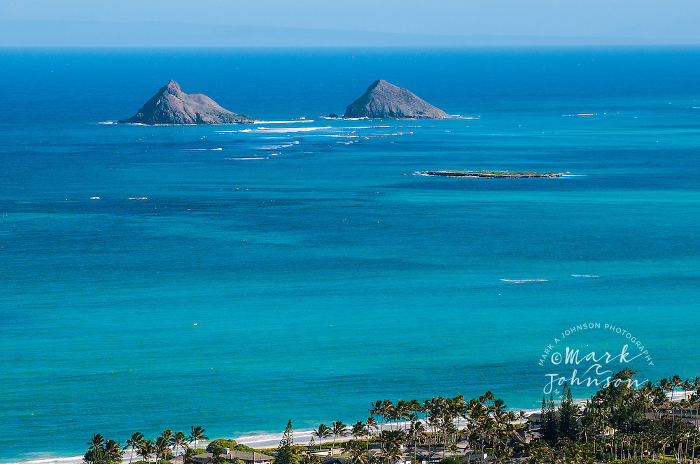 Mokulua Islands in background, Flat Island (Popoia island) in foreground, Kailua Bay, Oahu, Hawaii Mokulua Islands & Kailua Bay, Oahu, Hawaii