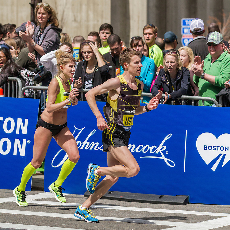2014 Boston Marathon: turn onto Boylston Street with quarter mile to go, Sheri Piers, Craig Leon