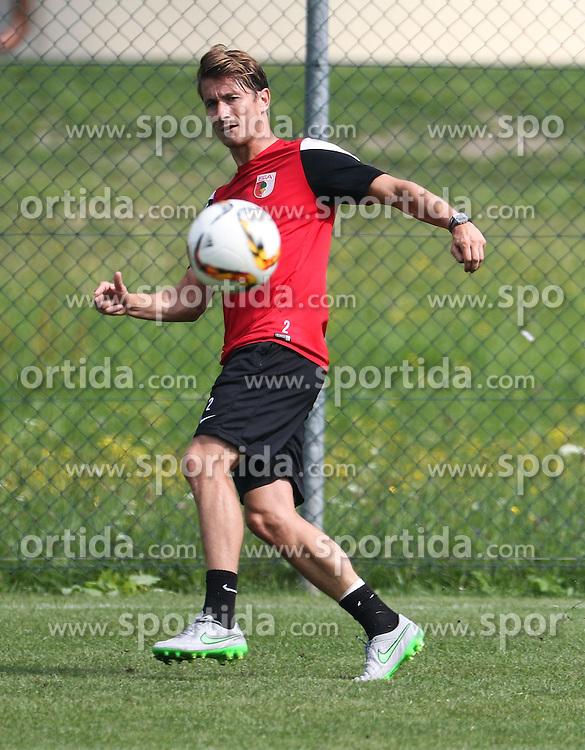 24.07.2015, Sportplatz, Walchsee, AUT, Trainingslager, FC Augsburg, im Bild Paul Verhaegh (FC Augsburg #2) flankt // during the Trainingscamp of German Bundesliga Club FC Augsburg at the Sportplatz in Walchsee, Austria on 2015/07/24. EXPA Pictures © 2015, PhotoCredit: EXPA/ Eibner-Pressefoto/ Krieger<br /> <br /> *****ATTENTION - OUT of GER*****