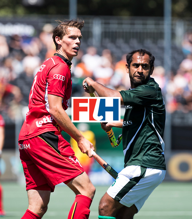 BREDA - Felix Denayer (Bel) met Rashid Mehmood (Pak) .  Belgie-Pakistan om de 5e plaats COPYRIGHT  KOEN SUYK