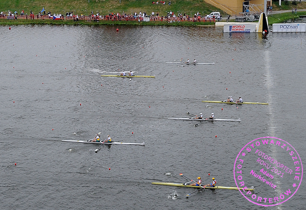 (STROKE) ERIN CAFARO & (BOW) ZSUZSANNA FRANCIA (BOTH USA) WINNING THE FINAL A WOMEN'S PAIR DURING DAY SEVEN OF REGATTA WORLD ROWING CHAMPIONSHIPS ON MALTA LAKE IN POZNAN, POLAND...POZNAN , POLAND , AUGUST 29, 2009..( PHOTO BY ADAM NURKIEWICZ / MEDIASPORT )..PICTURE ALSO AVAIBLE IN RAW OR TIFF FORMAT ON SPECIAL REQUEST.