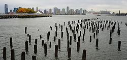 01-01-2013 ALGEMEEN: BVDGF NY MARATHON: NEW YORK <br /> Opweg naar de south Ferry's voor een bezoek aan Ellis Island en Liberty Island is een klein onbewoond eiland in de Haven van New York en New Jersey gelegen in de monding van de Hudson River. Op het eiland staat het wereldberoemde Vrijheidsbeeld / NY item around<br /> ©2013-WWW.FOTOHOOGENDOORN.NL