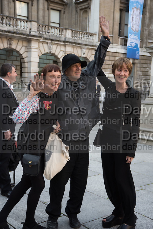 CORNELIA PARKER; RON ARAD;  FIONA RAE, Royal Academy Annual dinner, Piccadilly, London. 6 June 2016