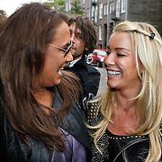 NLD/Amsterdam/20101018 - Lunch 25 jarig bestaan blad Beau Monde, Patty Brard en Angela van Hulten