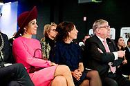 AMERSFOORT - Koningin Maxima is in de Rijtuigenloods in Amersfoort om het 10-jarig jubileum van de stichting Het Begint met Taal bij te wonen. ANP ROYAL IMAGES ROBIN UTRECHT