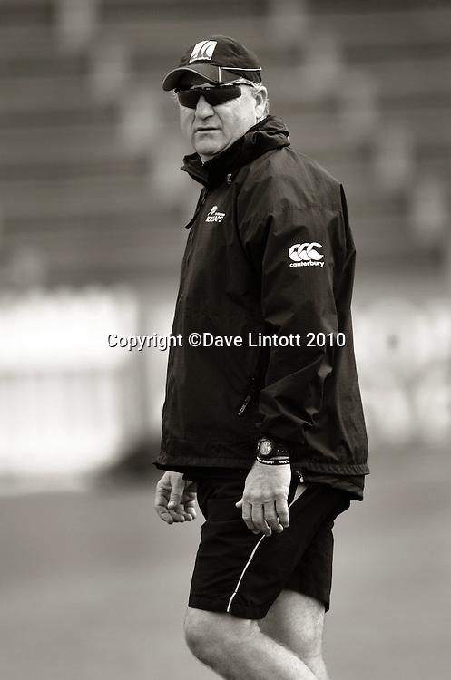 Black Caps coach Mark Greatbatch.<br /> Black Caps cricket training at Allied Prime Basin Reserve, Wellington. Wednesday, 18 March 2010. Photo: Dave Lintott/PHOTOSPORT