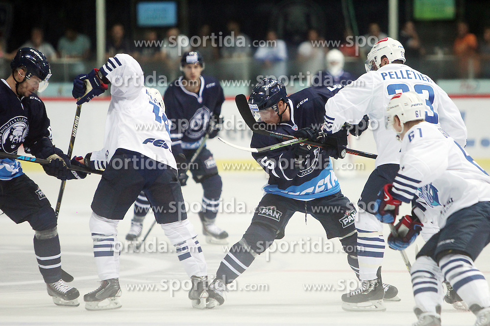 28.08.2015, Dom Sportova, Zagreb, CRO, KHL League, KHL Medvescak vs Admiral Vladivostok, 2. Runde, im Bild Colby Genoway. // during the Kontinental Hockey League, 2nd round match between KHL Medvescak and Admiral Vladivostok at the Dom Sportova in Zagreb, Croatia on 2015/08/28. EXPA Pictures &copy; 2015, PhotoCredit: EXPA/ Pixsell/ Goran Jakus<br /> <br /> *****ATTENTION - for AUT, SLO, SUI, SWE, ITA, FRA only*****