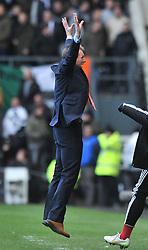 Nottingham Forest Manager, Stuart Pearce celebrates as Nottingham Forest's Ben Osborn scores the winning goal - Photo mandatory by-line: Dougie Allward/JMP - Mobile: 07966 386802 - 17/01/2015 - SPORT - Football - Derby - iPro Stadium - Derby County v Nottingham Forest - Sky Bet Championship