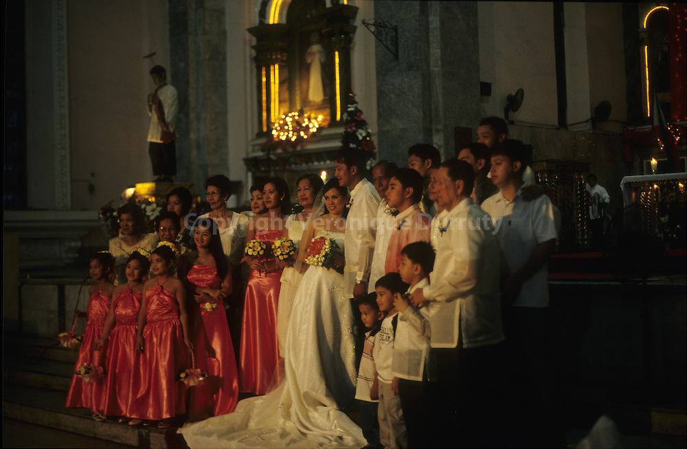 WEDDING CEREMONY IN SAN AGUSTIN CATHOLIC CHURCH. INTRAMUROS, MANILLA, THE PHILIPPINES
