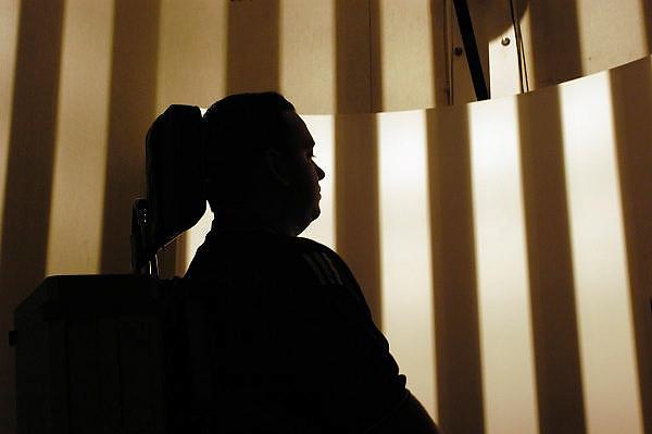 Nederland, Nijmegen, 9-5-2003..Evenwichts onderzoek bij KNO van het UMC/Radboud in Nijmegen. keel neus oor heelkunde, evenwichtsstoornis,..gezondheidszorg...Foto: Flip Franssen