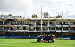 Worcester huddle in prior to kick off.  - Mandatory by-line: Alex James/JMP - 28/09/2019 - RUGBY - Recreation Ground - Bath, England - Bath Rugby v Worcester Warriors - Premiership Rugby Cup
