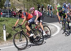 25.05.2017, Bormio, ITA, Giro d Italia 2017, 18. Etappe, Moena (Val di Fassa) nach<br />Ortisei/St. Ulrich (Val Gardena), im Bild v.l. Vincenzo Nibali (ITA, Bahrain Merida Pro Cycling Team), Tom Dumoulin (NED, Team Sunweb), Nairo Quintana (COL, Movistar Team) // during the 100th Giro d' Italia cycling race at stage 18 from Moena (Val di Fassa) to Ortisei/St. Ulrich (Val Gardena), Italy on 2017/05/25. EXPA Pictures © 2017, PhotoCredit: EXPA/ R. Eisenbauer