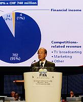 Fotball<br /> FIFA-kongressen i Marrakesch<br /> 12.09.2005<br /> Foto: imago/Digitalsport<br /> NORWAY ONLY<br /> <br /> FIFA Generalsekretär Urs Linsi (Schweiz) hält während des 55. FIFA Kongresses 2005 in Marrakesch eine Rede zur finanziellen Ausrichtung der FIFA