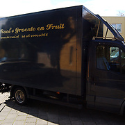 Almeerder Groente en Fruit Koerier S. van Ravensteynstraat 27 te Almere, bestelauto