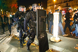 © Licensed to London News Pictures. 15/11/2015. Paris, France. French special forces secure Place de La Republique after a false attack alarm in Paris, France following the Paris terror attacks on Sunday, 15 November 2015. Photo credit: Tolga Akmen/LNP