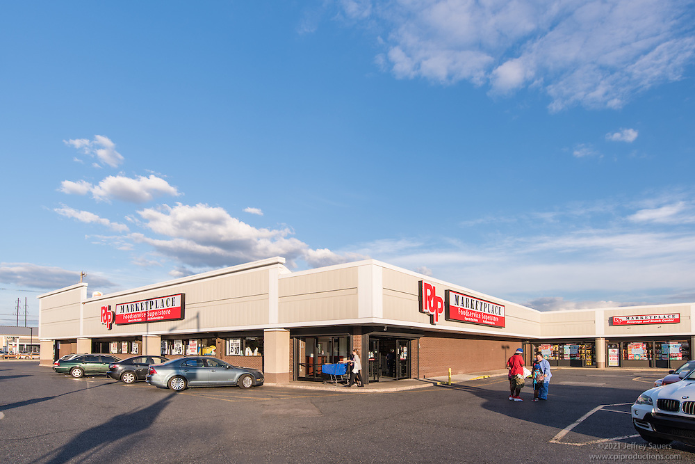 Exterior image of Shops at Aramingo in Philadelphia by Jeffrey Sauers of Commercial Photographics, Architectural Photo Artistry in Washington DC, Virginia to Florida and PA to New England