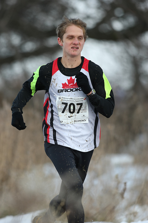 Guelph, Ontario ---29/11/08---  LUCAS MCANENEY competes in the senior men's race at the 2008 AGSI Canadian Cross Country Championships in Guelph, Ontario, November 29, 2008..Sean Burges Mundo Sport Images
