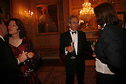 Sigrid Rausing and Eric Abraham, Ark Gala Dinner, Marlborough House, London. 5 May 2006. ONE TIME USE ONLY - DO NOT ARCHIVE  © Copyright Photograph by Dafydd Jones 66 Stockwell Park Rd. London SW9 0DA Tel 020 7733 0108 www.dafjones.com