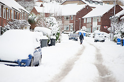 Nursery Drive Ecclesfield Sheffield, people choose to walk rather than take their cars through the most widespread Snows to hit Britain for 20 years.1st December 2010.Images © Paul David Drabble