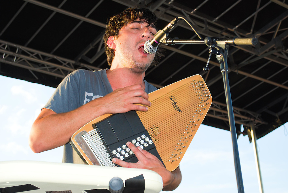 Edward Droste of Grizzly Bear on the Autoharp and vocals at the JELLY Pool Party free concert series East River State Park, Williamsburg, Brooklyn, New York, August 2009