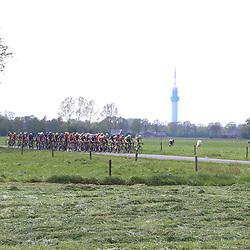 06-05-2017: Wielrennen: Ronde van Overijssel: Rijssen<br /> De 65e editie van Overijssels mooiste gaat de boeken in als een harde koers