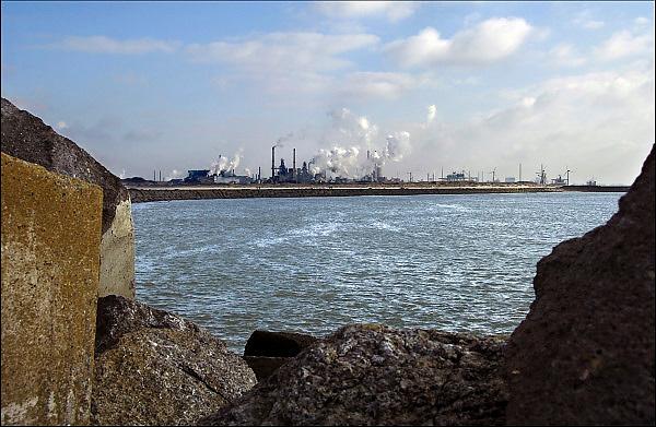 Nederland, IJmuiden, 26-2-2013Hoogovens bij Tata steel. Blast furnaces at work.Foto: Flip Franssen/Hollandse Hoogte