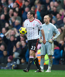 27.02.2011, Upton Park, London, ENG, PL, West Ham United vs Liverpool FC, im Bild Liverpool's goalkeeper Jose Reina looks dejected as he concedes the third goal against West Ham United during the Premiership match at Upton Park, EXPA Pictures © 2010, PhotoCredit: EXPA/ Propaganda/ D. Rawcliffe *** ATTENTION *** UK OUT!