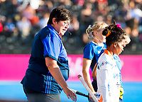 Londen - TO Marie van Rensburg (RSA)  tijdens de cross over wedstrijd India-Italie (3-0) bij het WK Hockey 2018 in Londen .  COPYRIGHT KOEN SUYK