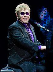 Elton John in concert, Birmingham