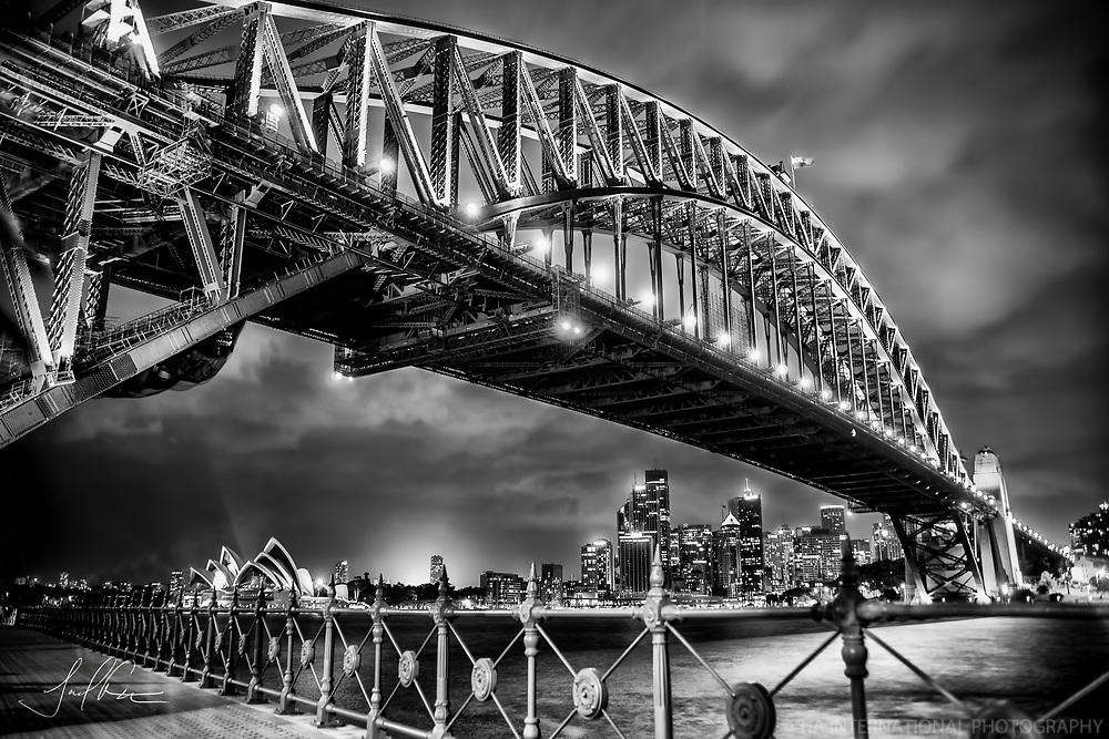 Sydney Quintessential / Limited Edition