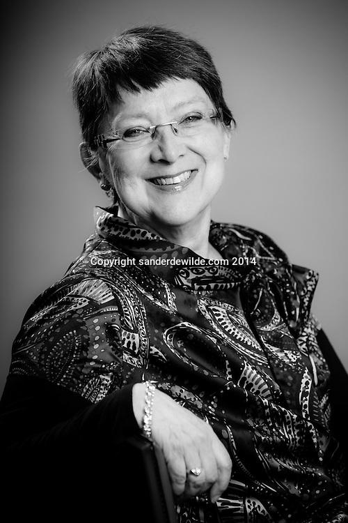 portretten van Hilde Ericx gemaakt tijdens de sessies bij NV-A in Brussels maart 2014 hi-er@skynet.be