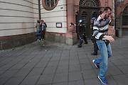 Frankfurt | Germany | 10.09.2015: Bei einer von der TGB (Bund t&uuml;rkischer Jugendlicher) angemeldeten Demonstration mit ca. 500 Teilnehmern kommt es zu Auseinandersetzung mit kurdischen Gegendemonstranten, die u.a. mehrere Stunden die Demoroute an der Paulskirche blockieren.<br /> <br /> hier: Immer wieder versuchen kleiner Gruppen t&uuml;rkischer Nationalisten zu den Kurden durchzubrechen und suchen die Konfrontation. Dieser Teilnehmer der t&uuml;rkischen Demo wurde beim Angriff auf die Kurden von einer Falsche am Kopf verletzt.<br /> <br /> 20150910<br /> Sascha Rheker<br /> <br /> [Inhaltsveraendernde Manipulation des Fotos nur nach ausdruecklicher Genehmigung des Fotografen. Vereinbarungen ueber Abtretung von Persoenlichkeitsrechten/Model Release der abgebildeten Person/Personen liegt/liegen nicht vor.] [No Model Release | No Property Release]