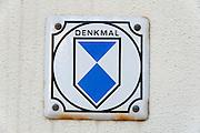 UNESCO Zeichen für geschütztes Denkmal, Ilmenau, Thüringen, Deutschland   sign for protected monument, Ilmenau, Thuringia, Germany