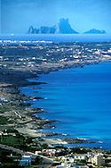 ESPA&Ntilde;A / ISLAS BALEARES / FORMENTERA<br /> Vista general de la isla desde La Mola. Al fondo, Es Vedra.