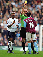 Shoulder Biting incident : Jermaine Defoe (Spurs) carries on the arguement as Steve Bennett books Javier Mascherano (West Ham) for the original foul on Defoe. BARCLAYS PREMIERSHIP. TOTTENHAM HOTSPUR v WEST HAM UNITED. 22/10/2006. CREDIT COLORSPORT / KIERAN GALVIN